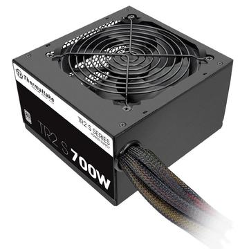 Thermaltake  700W (PS-TRS-0700NPCWEU-2)